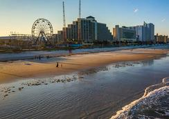 美国套房酒店 - 代托纳比奇 - 代托纳海滩 - 海滩