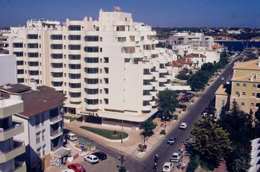 阿尔加维莫旅行公寓酒店 - 波尔蒂芒 - 建筑