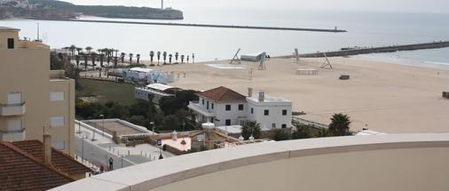 阿尔加维莫旅行公寓酒店 - 波尔蒂芒 - 户外景观
