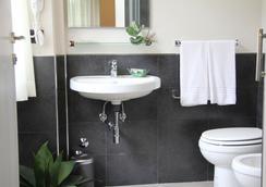 扎拉米兰诺酒店 - 米兰 - 浴室