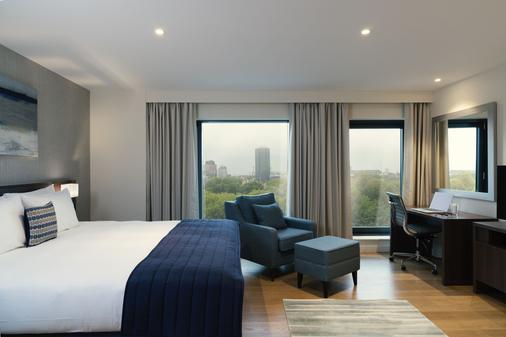 马林滑铁卢酒店 - 伦敦 - 睡房