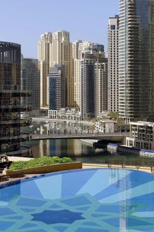 迪拜码头阿德里斯酒店 - 迪拜 - 游泳池