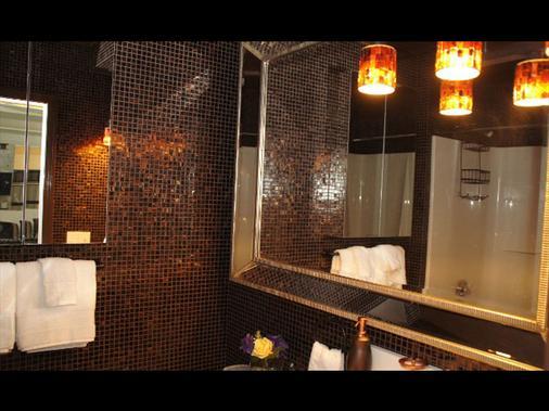 韦弗上将旅馆酒店 - 纽波特 - 浴室