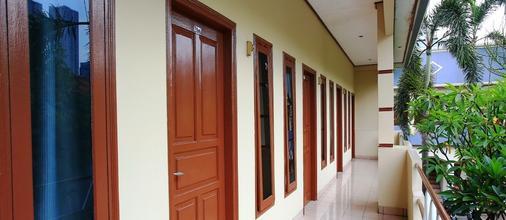 卡莱特佩度林纳3号@红门优质酒店 - 南雅加达 - 阳台