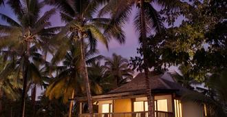希尔顿斐济酒店 - 索奈萨利岛 - 南迪 - 建筑