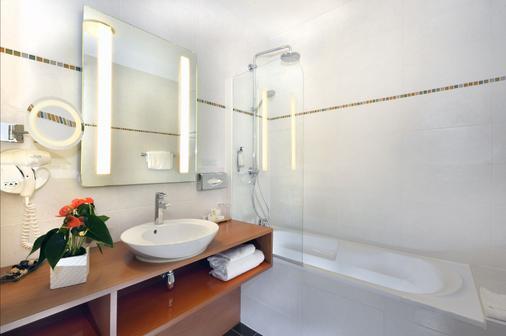 德拉里吉特贝斯特韦斯特酒店 - 南特 - 浴室