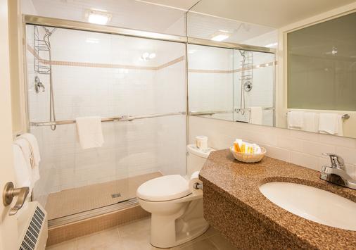 邓迪阿姆斯旅店 - 夏洛特顿 - 浴室