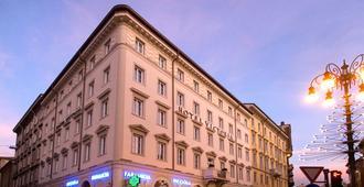 维多利亚文化酒店 - 的里雅斯特 - 建筑