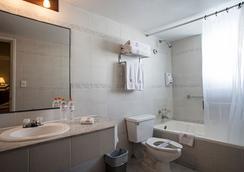 卡米诺里尔市中心酒店 - 拉巴斯 - 浴室