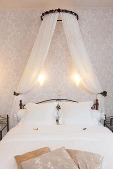 巴里希尔床和早餐旅馆 - 布鲁日 - 睡房