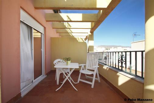 塞维利亚酒店 - 阿尔梅利亚 - 阳台