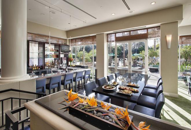 德玛尔逸林酒店 - 圣地亚哥 - 酒吧