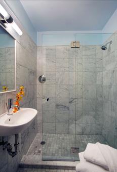 钱德勒酒店 - 波士顿 - 浴室