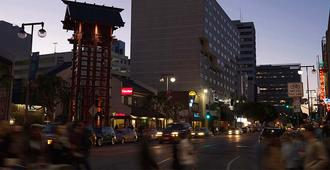 洛杉矶宫古酒店 - 洛杉矶 - 建筑