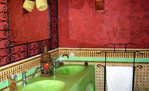 拉克里德菲丝摩洛哥传统庭院住宅 - 非斯 - 浴室