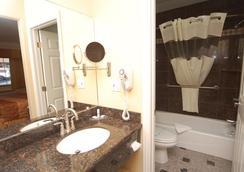 蒙特雷冲浪旅馆 - 蒙特雷 - 浴室