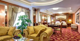 伊兹麦洛瓦阿尔法酒店 - 莫斯科 - 睡房