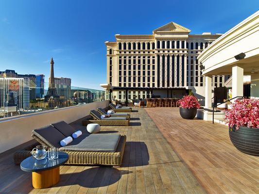 安瑟罗基凯萨宫套房旅馆 - 拉斯维加斯 - 阳台