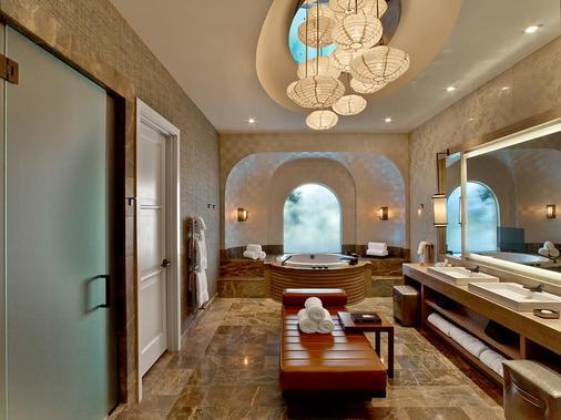安瑟罗基凯萨宫套房旅馆 - 拉斯维加斯 - 浴室