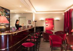 阿达里克花园酒店 - 奥贝奈 - 酒吧