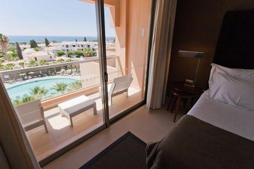 圣拉斐尔套房公寓式酒店 - - 阿尔布费拉 - 阳台