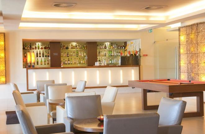 圣拉斐尔套房公寓式酒店 - - 阿尔布费拉 - 酒吧