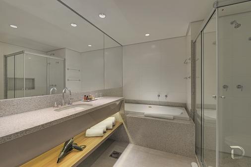 大坎普德维尔尊贵酒店 - 大坎普 - 浴室