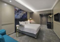 库亚巴德维尔高级酒店 - 库亚巴 - 睡房