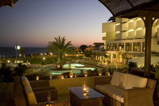 康斯坦丁诺雅典娜皇家海滩酒店 - 帕福斯 - 阳台
