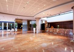 希尔顿斯塔伯格酒店 - 斯特拉斯堡 - 大厅