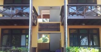 马拉尼海滩别墅酒店 - 南威 - 建筑