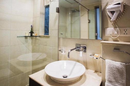 罗克兰帕尔克酒店 - 新德里 - 浴室