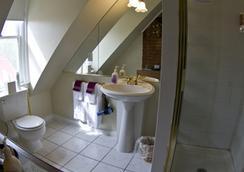 安妮女皇住宿加早餐酒店 - 丹佛 - 浴室
