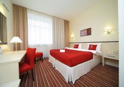 Green Park Hotel - Yekaterinburg - 睡房