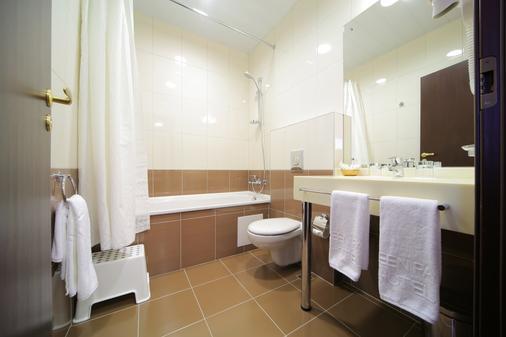 叶卡捷琳堡格林帕克酒店 - 叶卡捷琳堡 - 浴室