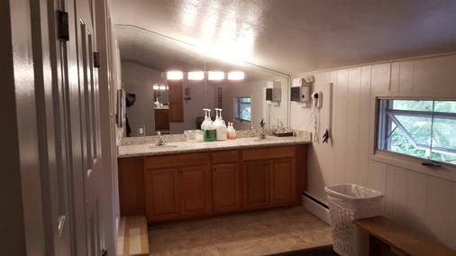 圣莫里茨旅舍及公寓 - 阿斯潘 - 浴室