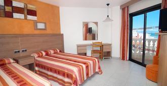瑟维集团帕帕卢纳酒店 - 佩尼斯科拉 - 睡房