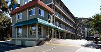 速8海洋世界动物园酒店 - 圣地亚哥 - 建筑