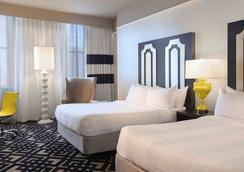 费城市中心万怡酒店 - 费城 - 睡房