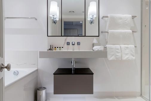 老银行酒店 - 牛津 - 浴室