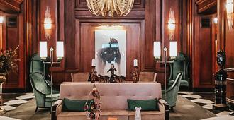 阅读之家酒店 - 查塔努加 - 客厅