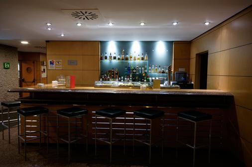 西尔肯马德里之门酒店 - 马德里 - 酒吧