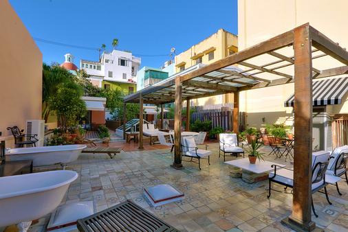 埃伦西亚别墅酒店 - 圣胡安 - 露台
