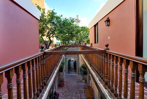 埃伦西亚别墅酒店 - 圣胡安 - 阳台