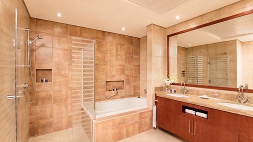 Ja绿洲海滩大厦公寓 - 迪拜 - 浴室