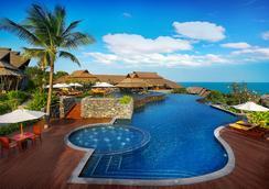 诺拉布里度假村 - 苏梅岛 - 游泳池