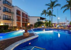 火烈鸟瓦拉塔码头酒店 - 巴亚尔塔港 - 游泳池