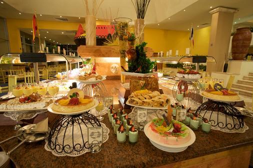 坎昆加勒比皇家大公园酒店 - 坎昆 - 自助餐
