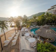 皇家公园阿卡普尔科家庭海滩度假酒店