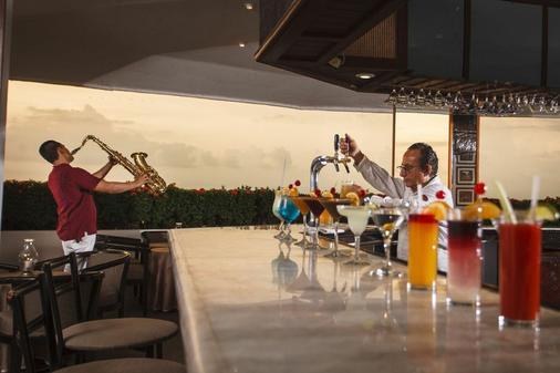 巴亚尔塔港皇家大花园酒店 - 巴亚尔塔港 - 食物